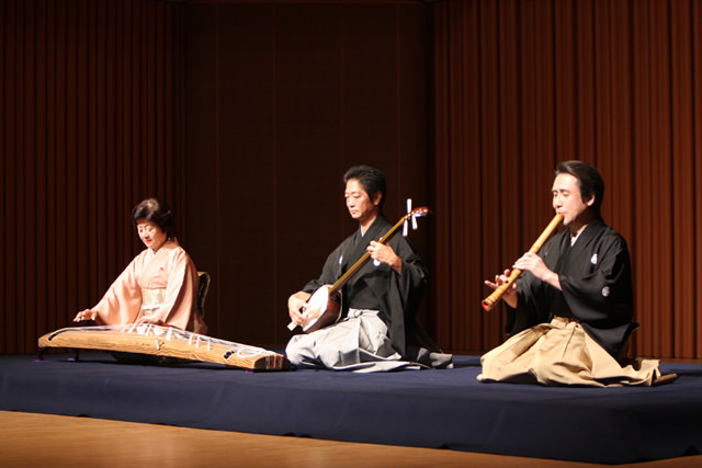 The Leading Shakuhachi - Japanese Musical Instruments